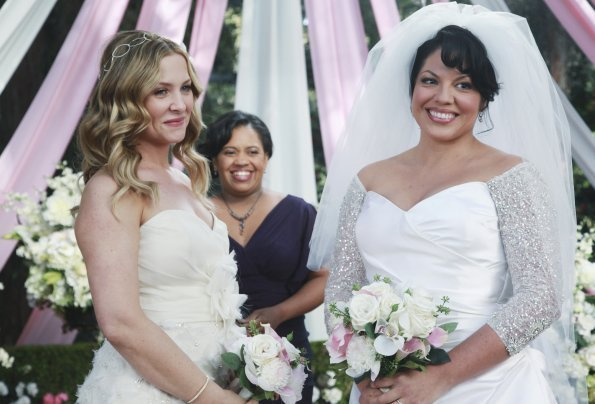 You are Greys anatomy and lesbian very hot